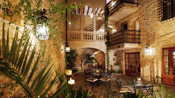 Cas Comte Petit Hotel