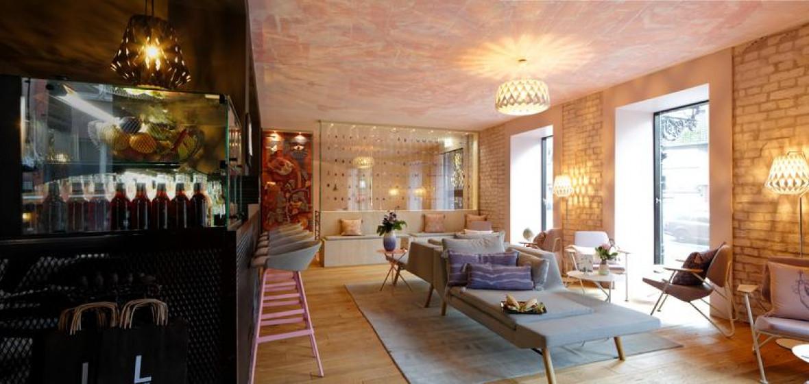 libertine lindenberg frankfurt germany the hotel guru. Black Bedroom Furniture Sets. Home Design Ideas