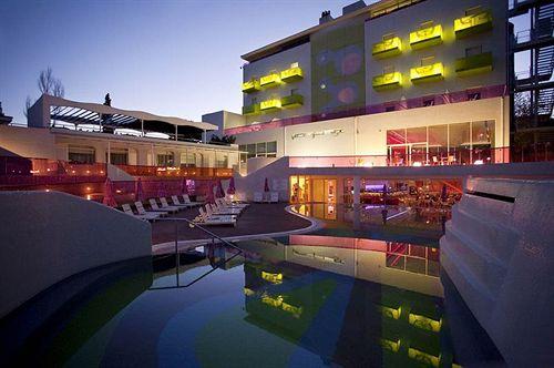 Photo of Semiramis Hotel