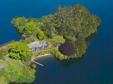 Lake Okareka Lodge by lebua