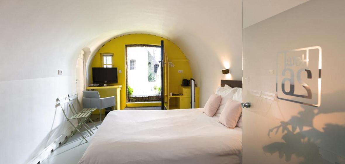 Photo of Hotel26