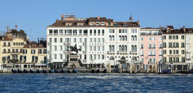 Photo of Hotel Londra Palace