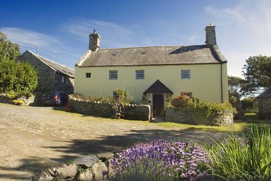 Photo of Llwyndu Farmhouse