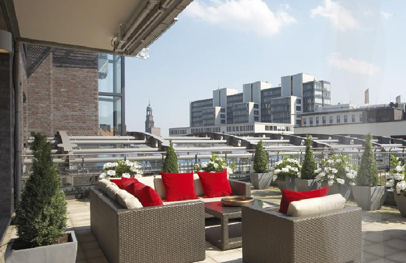 East hotel hamburg germany discover book the hotel for Hippes hotel hamburg