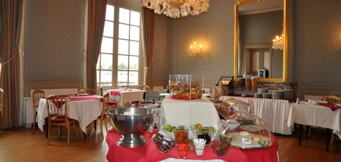 Grand Hotel De La Reine Nancy France Expert Reviews And Highlights The Hotel Guru
