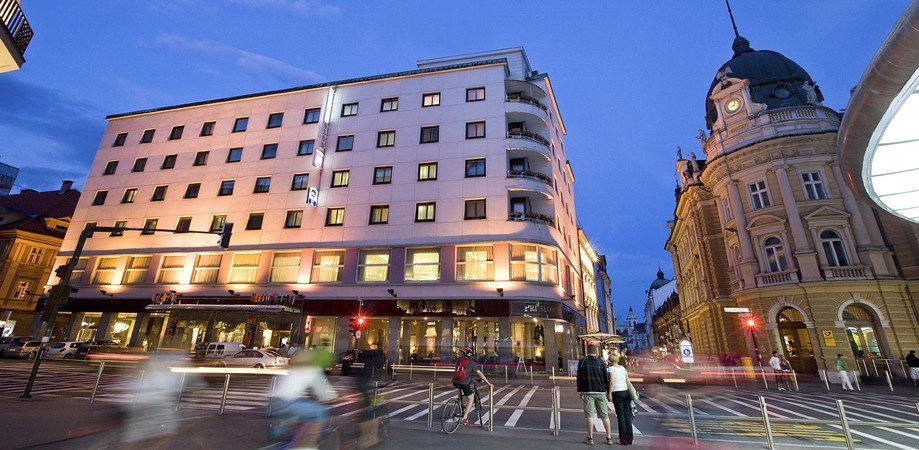 Photo of Best Western Premier Hotel Slon