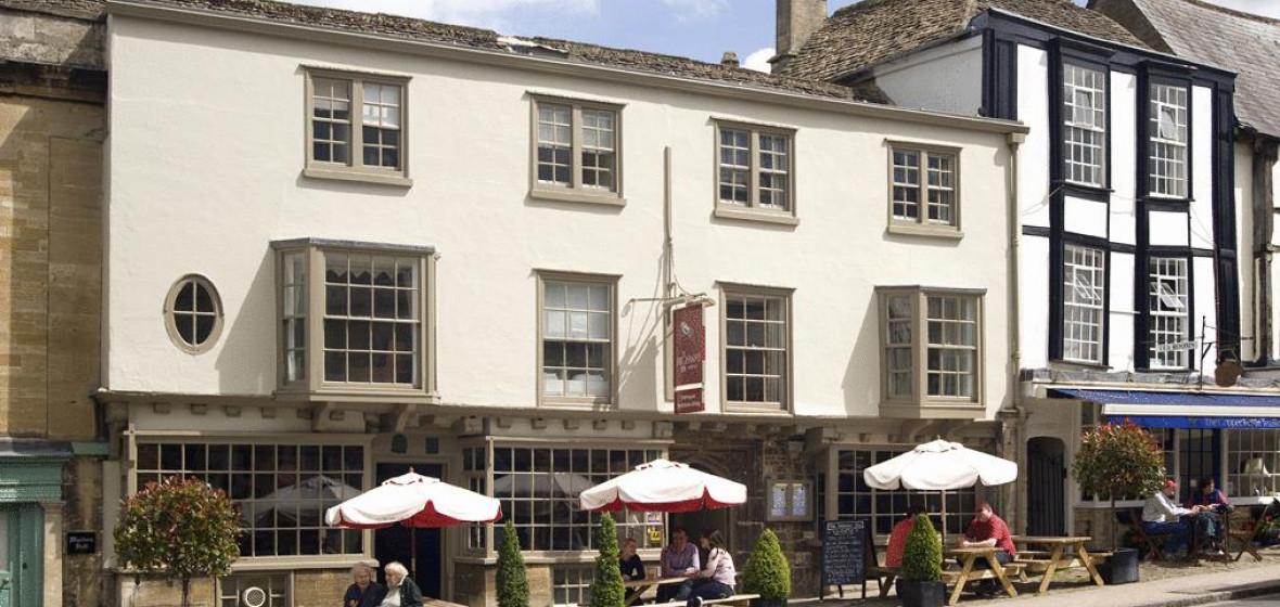 Photo of The HIghway Inn