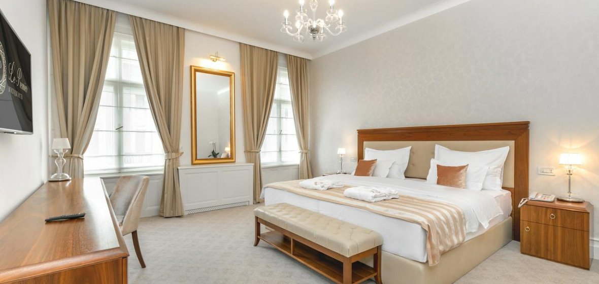 Photo of Hotel Le Premier