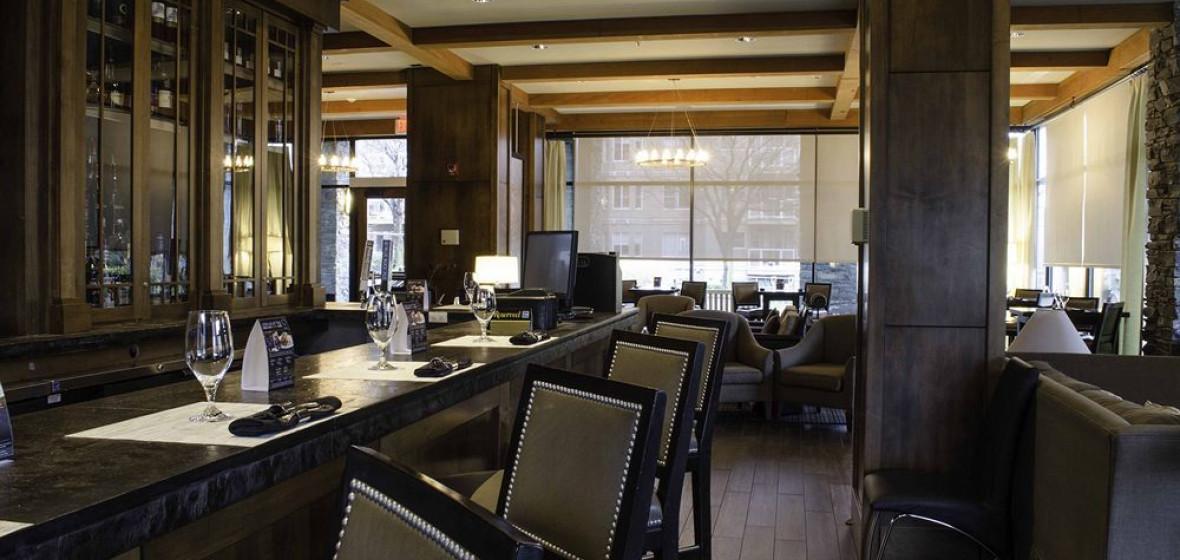 Oswego Hotel Victoria Canada Discover Amp Book The