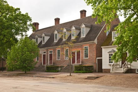 Williamsburg Colonial Houses