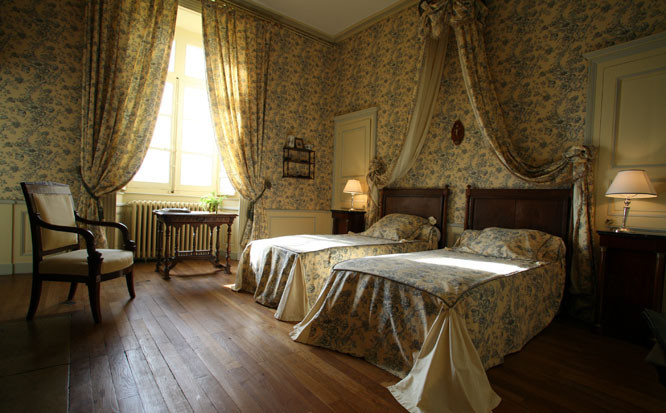 chateau de beaujeu  sancerre  france