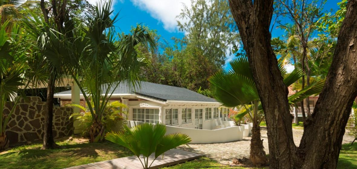 Best Island Beaches For Partying Mykonos St Barts: Emeraude Plage, St-Barts, Caribbean