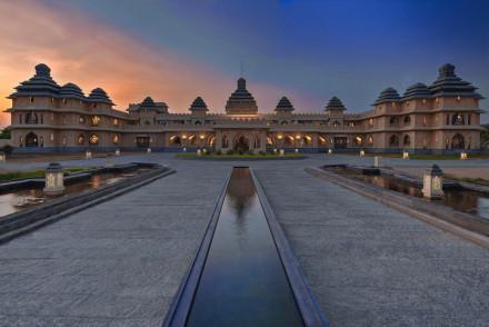 Kamalapura Palace