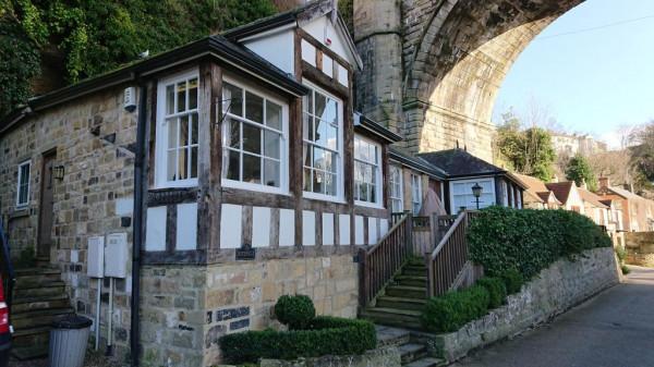 Teardrop Cottage