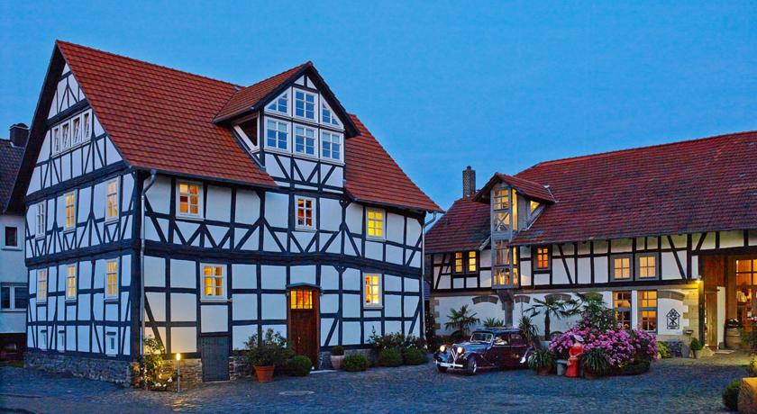 Photo of Hotel Zum Rosenhof
