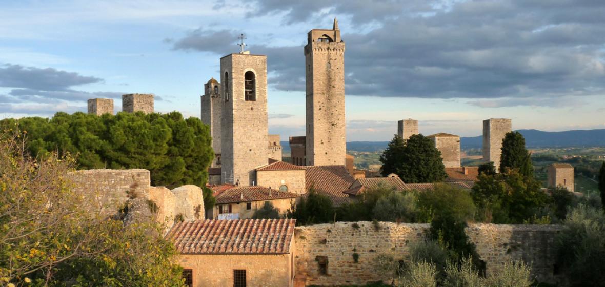 Hotels Near San Gimignano Italy