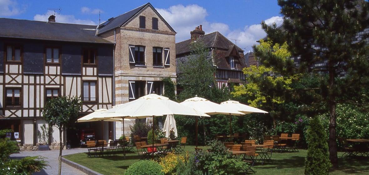Photo of La Licorne Hotel & Spa
