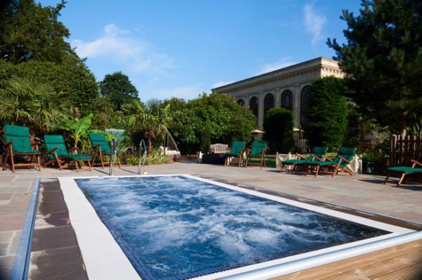Hotels With Hot Tubs In Buckinghamshire The Hotel Guru