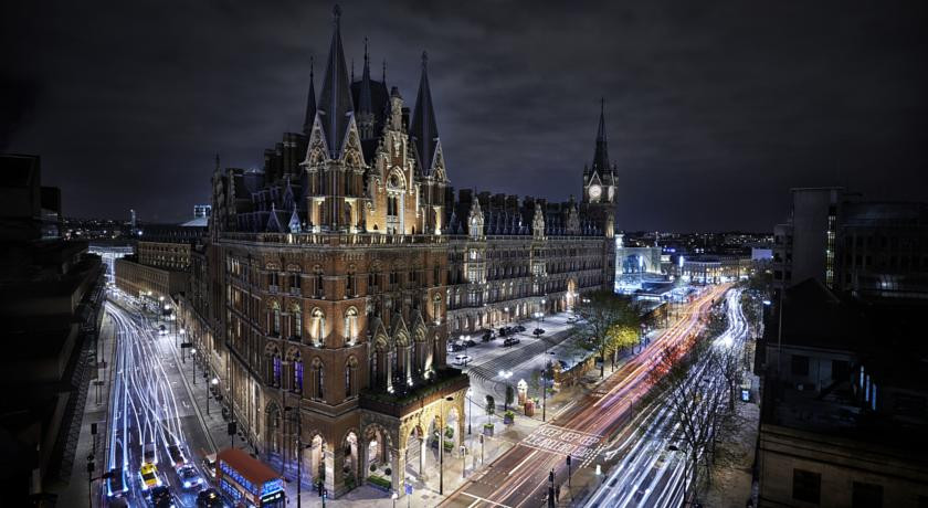 Photo of St Pancras Renaissance Hotel