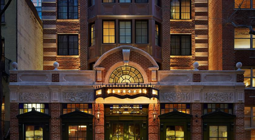 Photo of The Jade Hotel