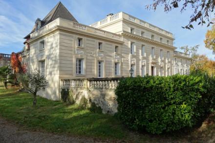 Chateau De Laroche