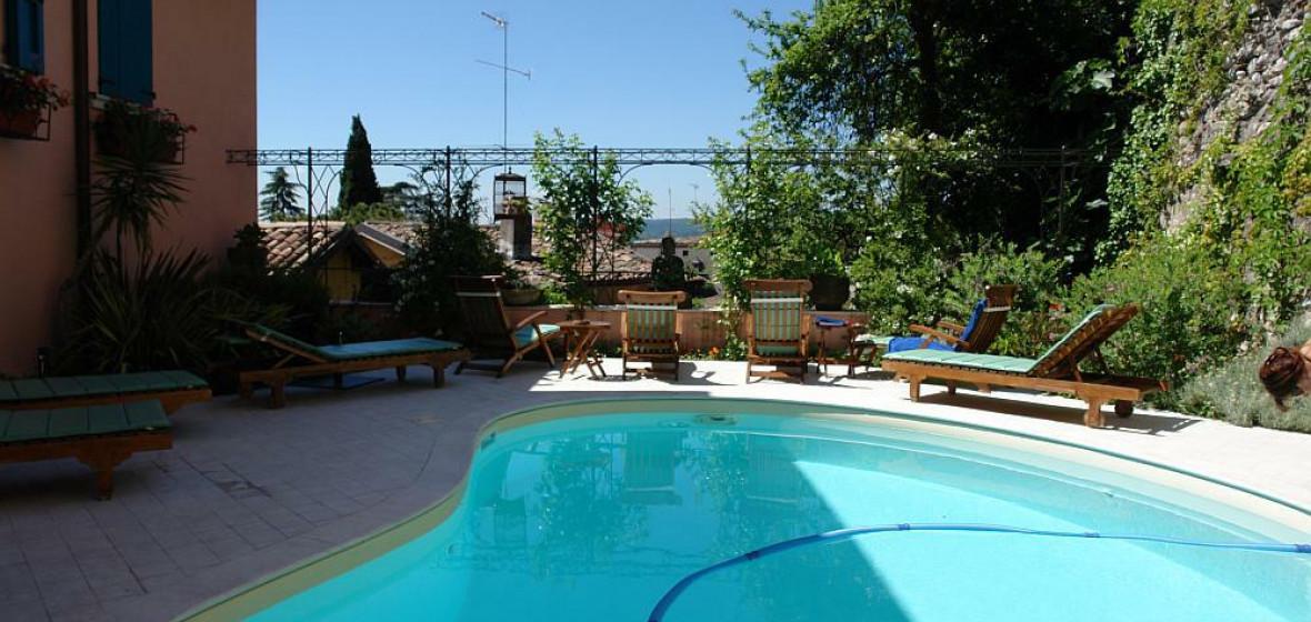 Locanda agli angeli gardone riviera italy the hotel guru for Independent hotels near me
