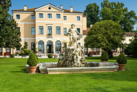 Hotel Villa Tacchi