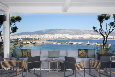 The Alex, Piraeus