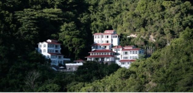 Photo of Queen's Gardens Resort