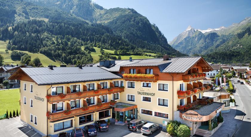 Photo of Hotel Tauernhof