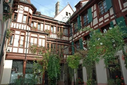 Photo of La Maison des Tetes