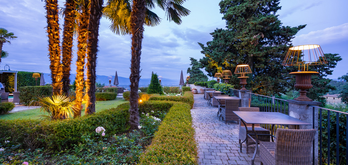 Villa Sassolini, Tuscany, Italy | Discover & Book | The ...
