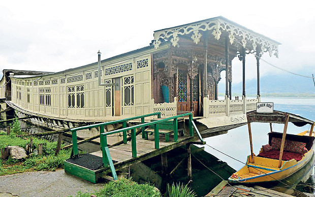 Photo of Butt's Clermont Houseboats
