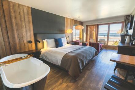 Headlands Coastal Lodge & Spa