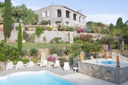 The Manor, Corsica