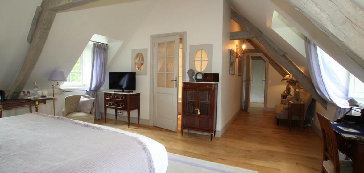 le clos de grace honfleur france expert reviews and highlights the hotel guru. Black Bedroom Furniture Sets. Home Design Ideas