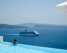 The 10 Best Hotel Pools on Santorini