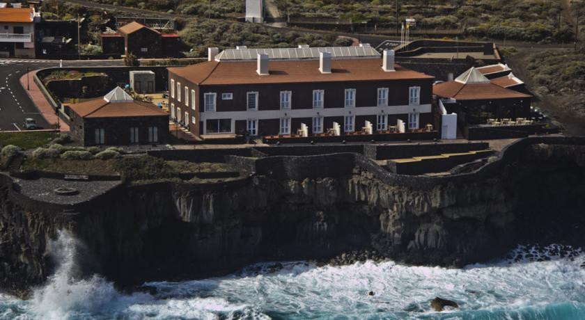 Photo of Hotel Balneario Pozo de la Salud