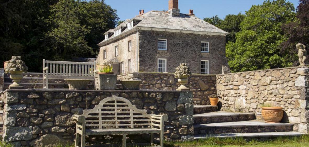 Photo of Tredudwell Manor