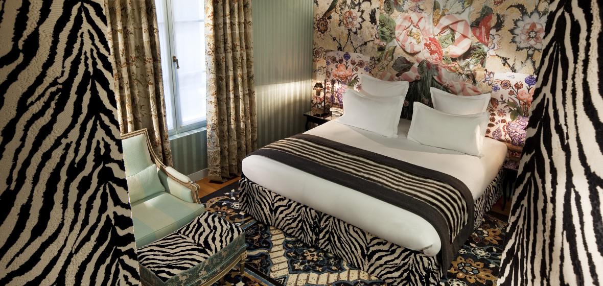 Hotel Petit Moulin Paris