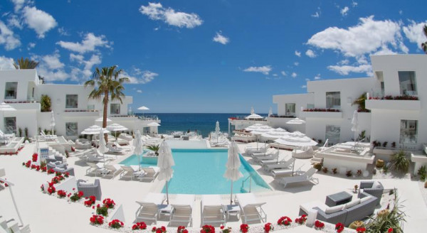 Best luxury hotels in the canary islands spain the for Design hotel lanzarote