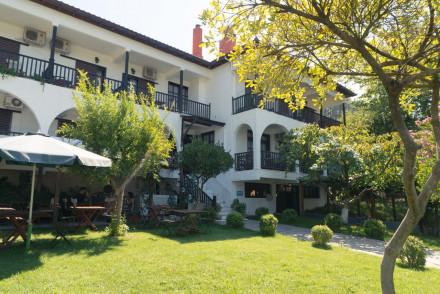Hotel Liotopi