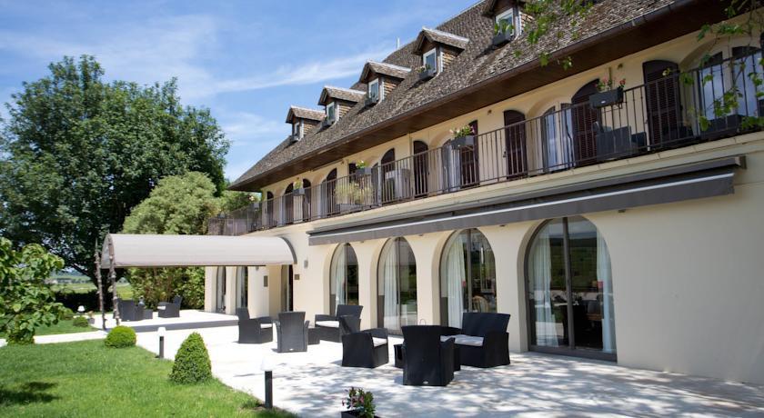 Photo of Ermitage de Corton