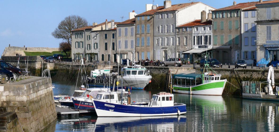 Best places to stay in ile de re france the hotel guru for Hotel en amoureux ile de france