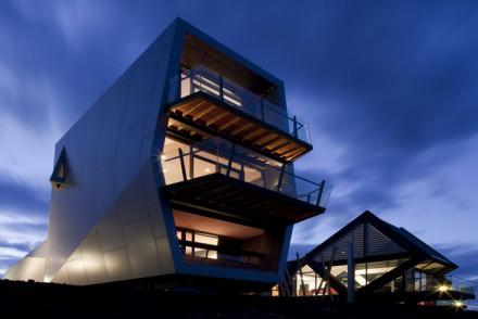 Mona Pavilions