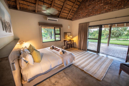 Senalala Luxury Safari Camp