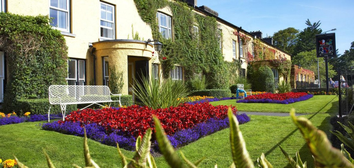 Photo of Dunraven Arms Hotel