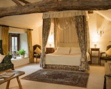 10 Luxury Romantic Hotels in the Peak District