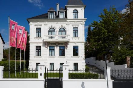 Villa am Ruhrufer