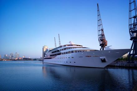 Sunborn Yacht Hotel